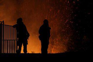 На Львівщині пожежа охопила приватний готель, постраждала туристка з Білорусі