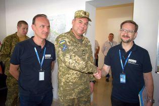 Генерал Наев обсудил вопросы безопасности на Донбассе с генсеком ОБСЕ