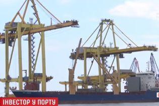 """У порту """"Чорноморськ"""" побоюються масових звільнень у разі приходу іноземного інвестора"""