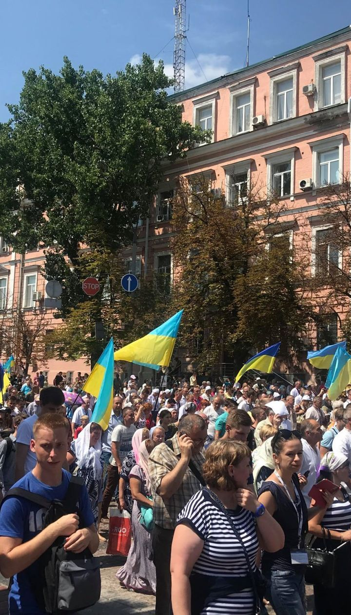 У МВС розповіли, скільки людей взяли участь у хресному ході УПЦ КП