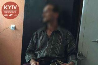 Поліція затримала підозрюваного у вбивстві 16-річної дівчини у Києві – соцмережі