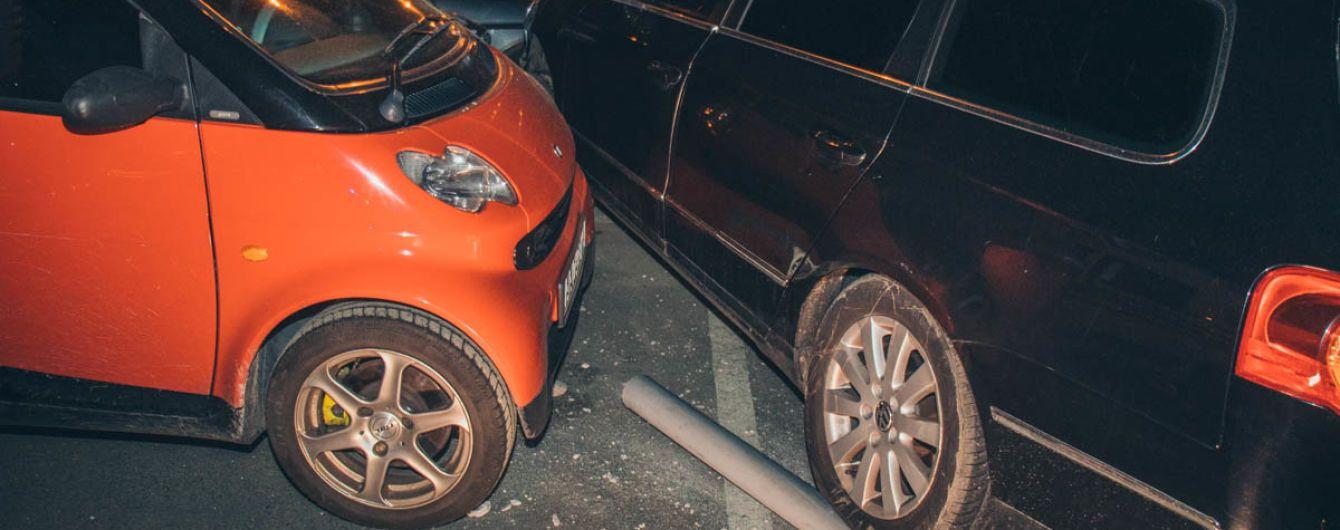 У Києві розбили вісім авто через п'яного водія