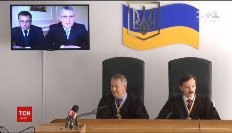 В Киеве должны начаться дебаты сторон по делу Януковича