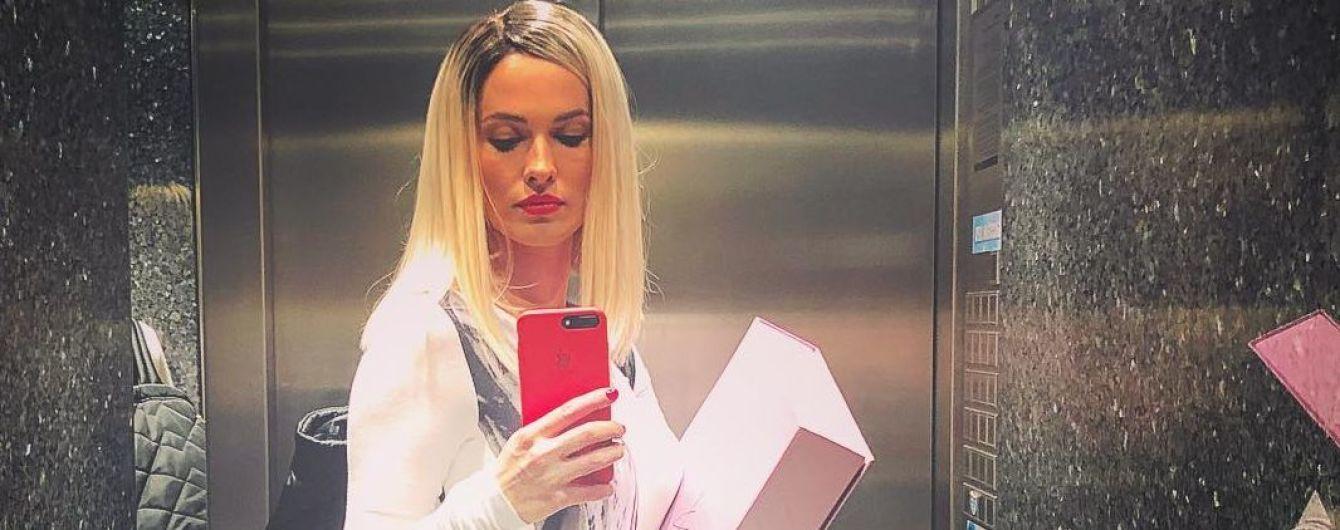 Блондинка или брюнетка: битва образов Даши Астафьевой