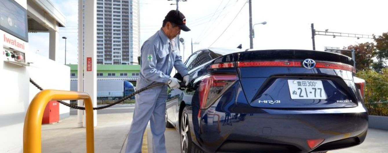 В Японии откажутся от двигателей внутреннего сгорания к 2050 году
