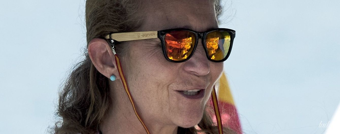 Сонце, море і яхта: принцеса Олена відпочиває на Майорці