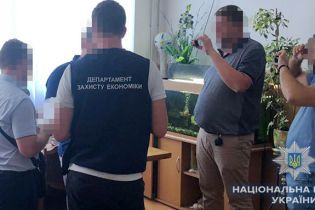 Проректора одного з одеських вишів затримали на хабарі у 310 тисяч