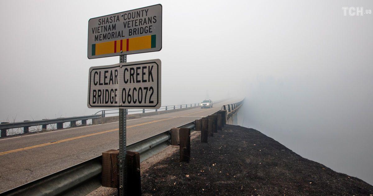 """""""Вогонь безпрецедентний"""": 3,5 тисячі пожежників безпорадні перед стихією в Каліфорнії"""
