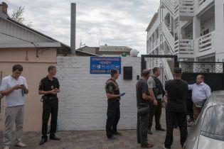 """Суд заарештував підозрюваного в організації вбивства """"Сармата"""". Той бився головою об стіну - Аброськін"""