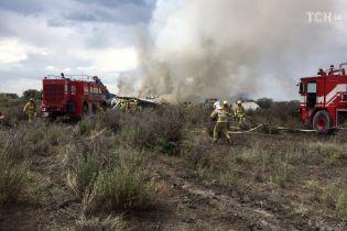 В Мексике упал самолет с почти 100 пассажирами на борту