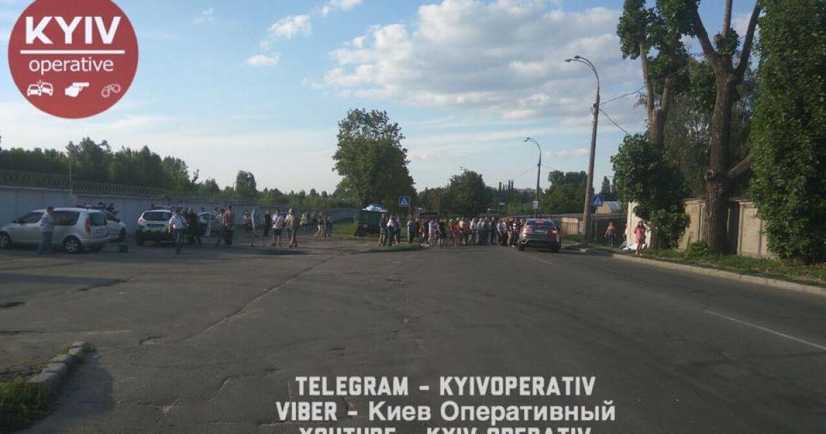 У Києві власники гаражів кров'ю відстоюють своє майно