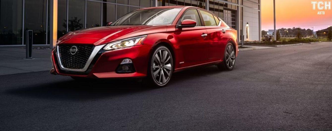 Nissan пропонує захищати водіїв від забудькуватості