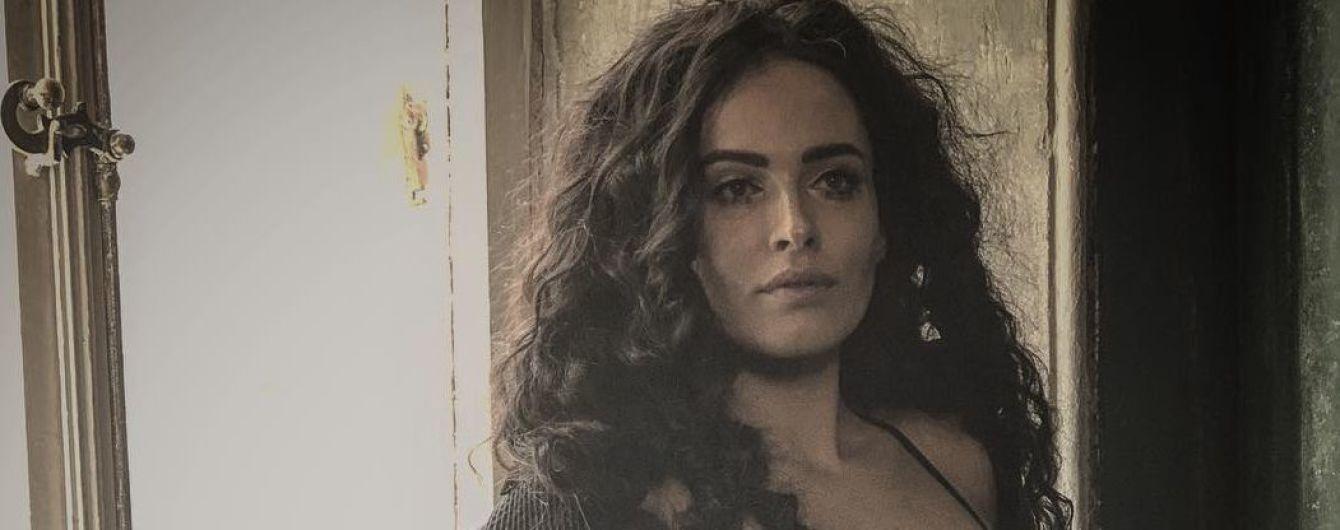 В прозорій білизні: Даша Астаф'єва сексуально позувала у новому фотосеті