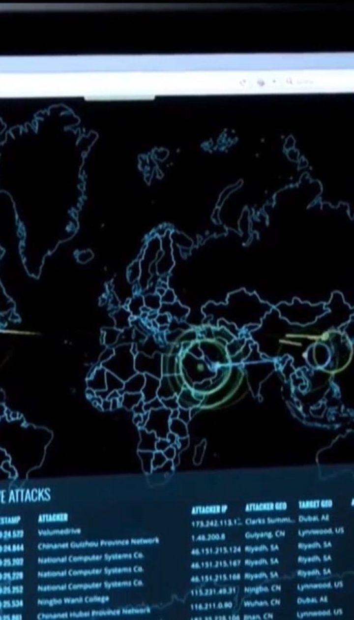 Трьох українських хакерів підозрюють у причетності до зламу сотні комп'ютерів
