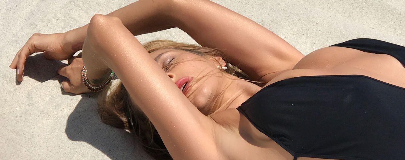 """Соблазнительная TAYANNA в купальнике выпустила яркий трек про """"фантастическую женщину"""""""
