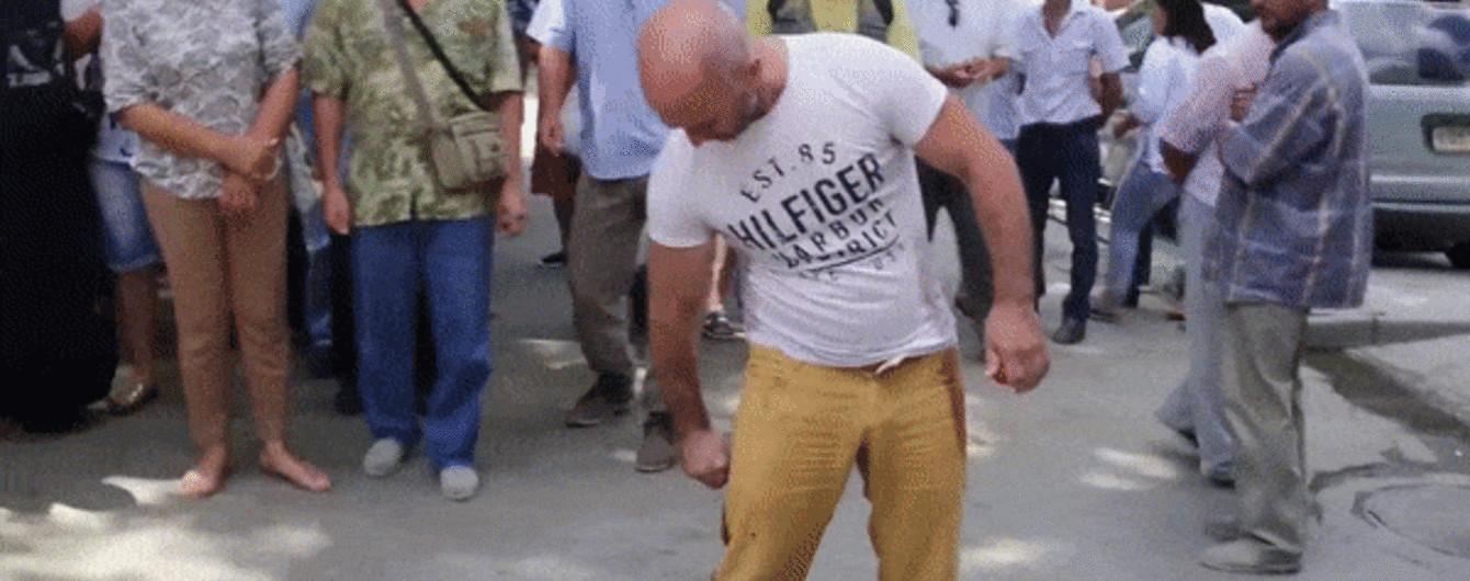 У центрі окупованого Сімферополя активіст підпалив себе на знак протесту