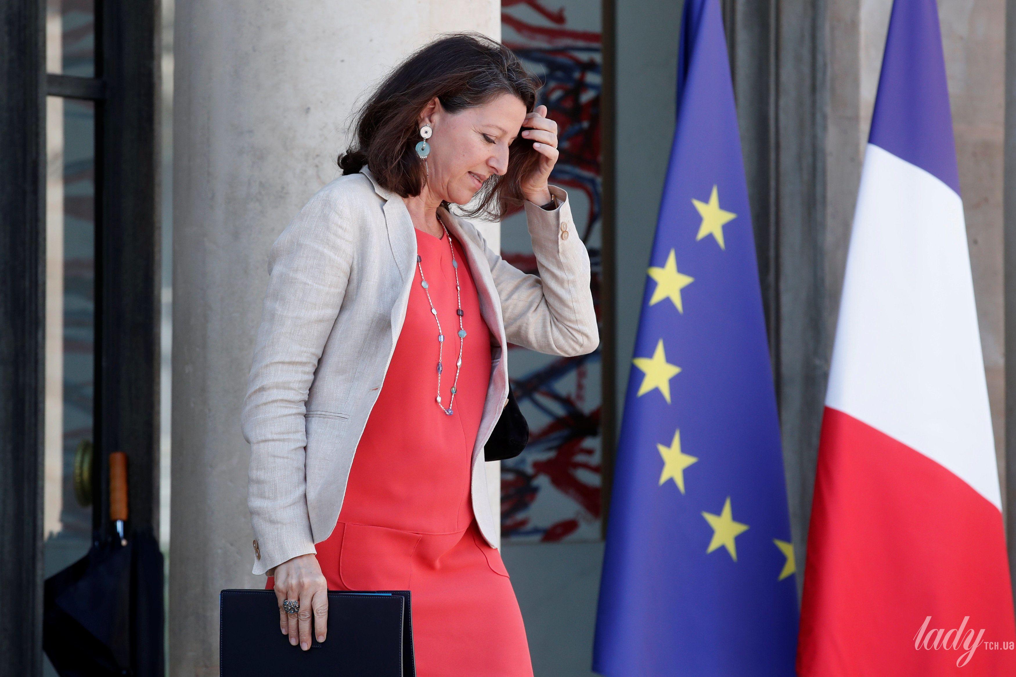 Министр солидарности и здравоохранения Франции Агнес Бузин