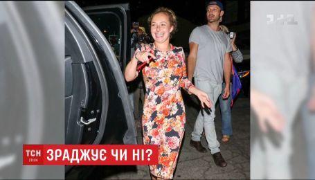 Невесту Владимира Кличко застукали в голливудском ресторане с неизвестным молодым человеком