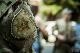 Оккупанты обстреляли окраины Марьинки, двое полицейских получили ранения