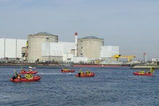 Во Франции из-за экстремальной жары остановили реактор старейшей АЭС