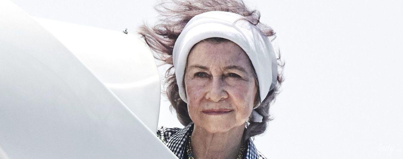 Отдыхает на Майорке: 79-летняя королева София была запечатлена на яхте