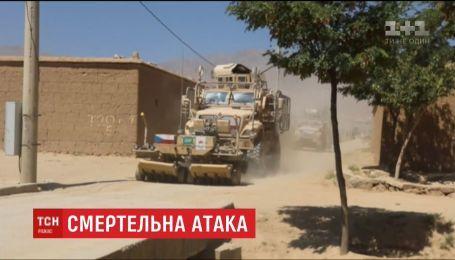 Трое военных миссии НАТО погибли из-за нападения смертника в Афганистане