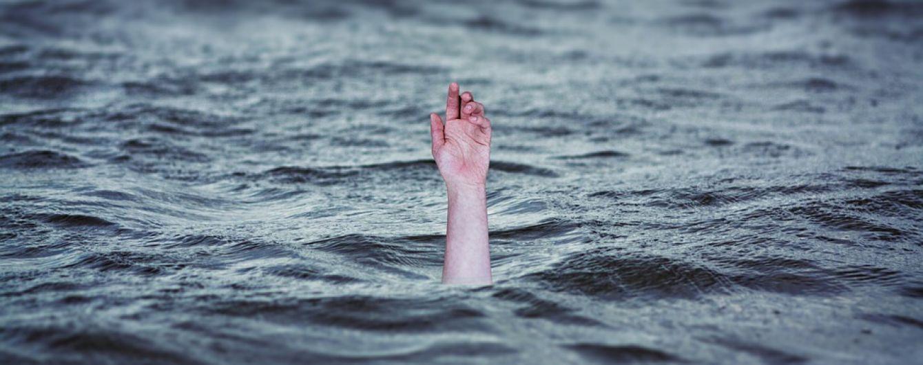 Смертельный отдых: в 2018 году в Украине на водоемах погибло почти 800 человек