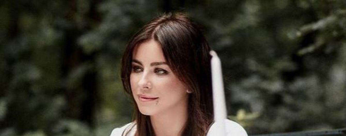 Отец Ани Лорак прокомментировал скандал с изменой мужа певицы