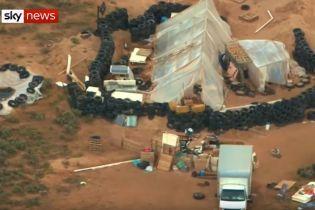 У пустелі Нью-Мексико виявили бункер з 11 дітьми, які страждали від голоду та спраги