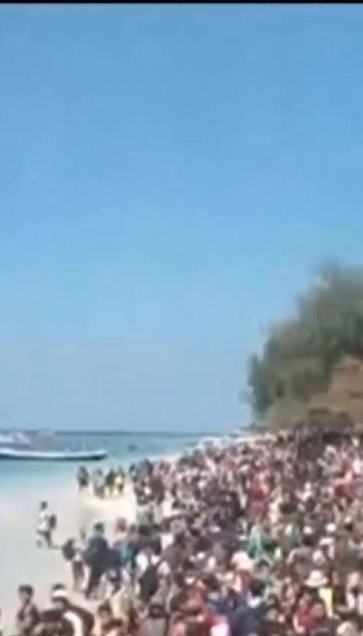 Через потужний землетрус із Ломбока та Балі масово тікають туристи