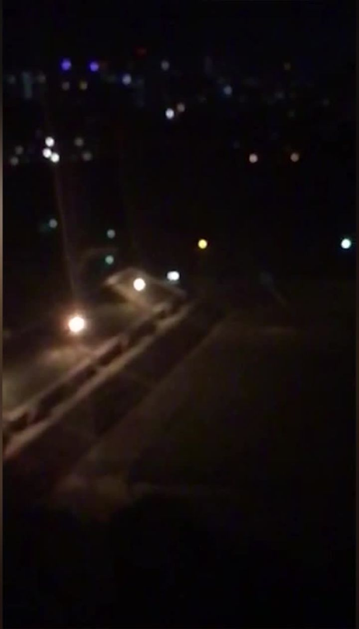 В Киеве ночью неизвестные устроили катание стадионом НАУ: автомобиль эвакуировали