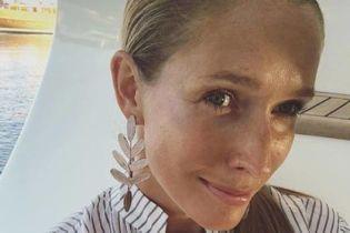 Катя Осадча показала фото Горбунова у шортах з іменним написом