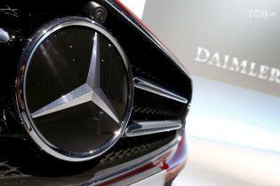 Через санкції США німецький автовиробник Daimler відмовився відкривати представництво в Ірані