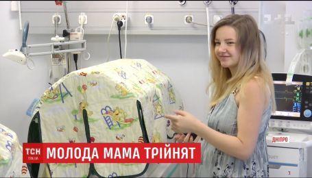 Врачи Днепра борются за жизнь новорожденной тройни с экстремально низким весом