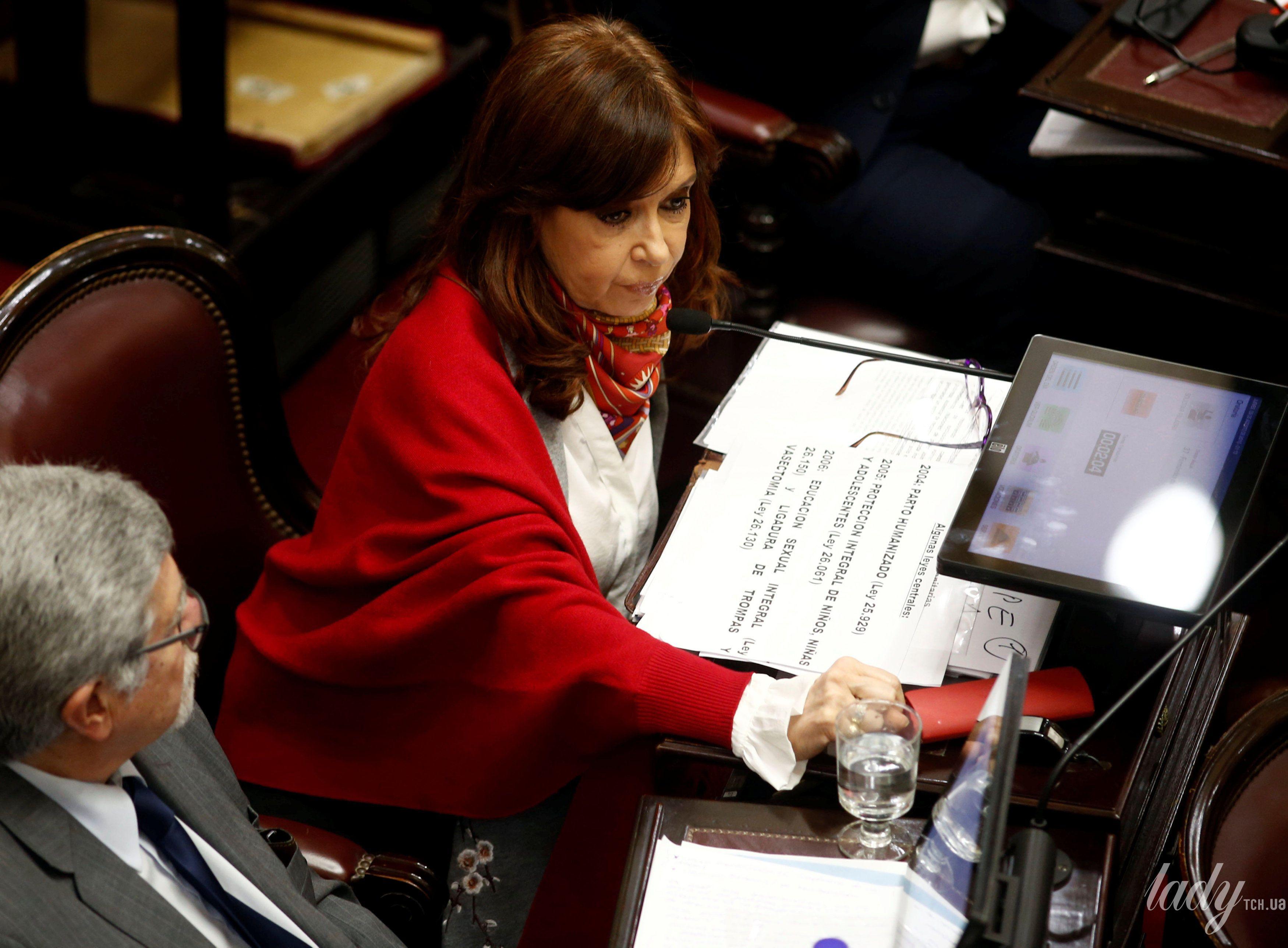 Бывший президент Аргентины Кристина Фернандес де Киршнер_3
