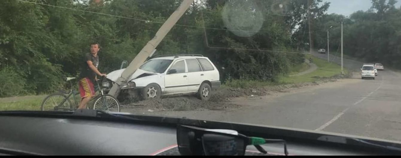 В России пьяный 12-летний мальчик украл автомобиль и устроил два ДТП