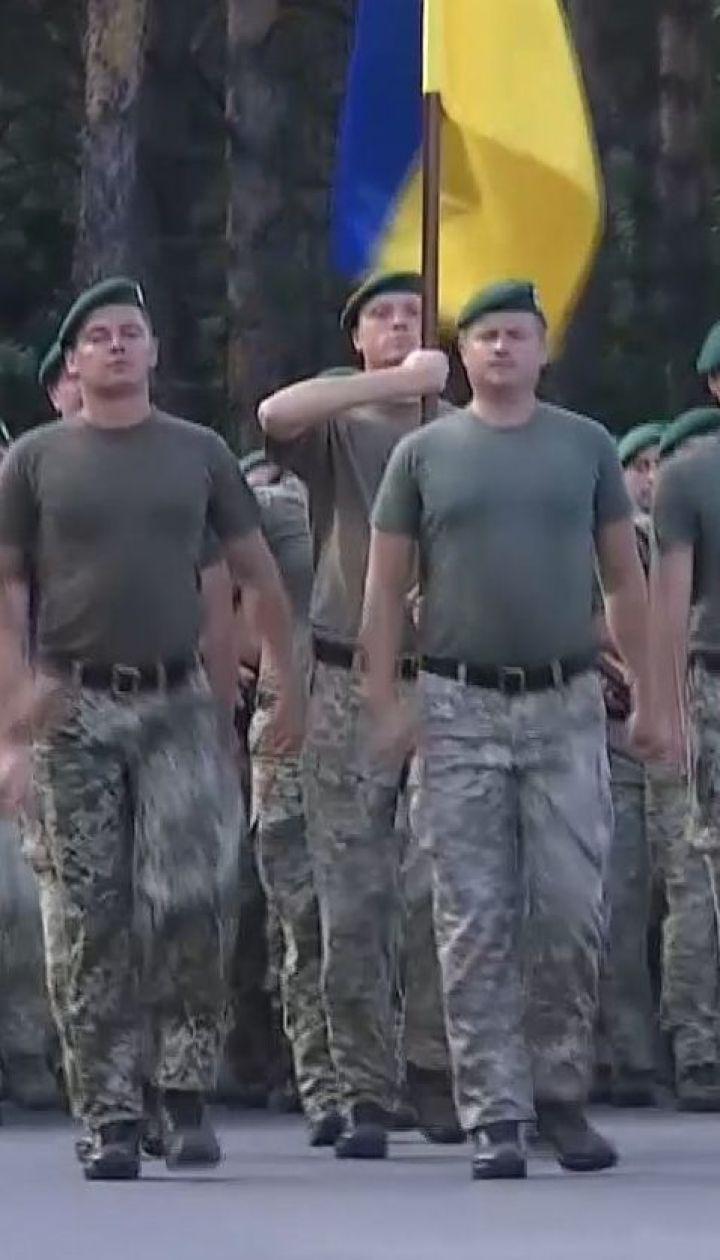 Українські військові готуються до параду до Дня Незалежності