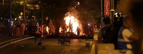 У Румунії шосту добу тривають антиурядові протести