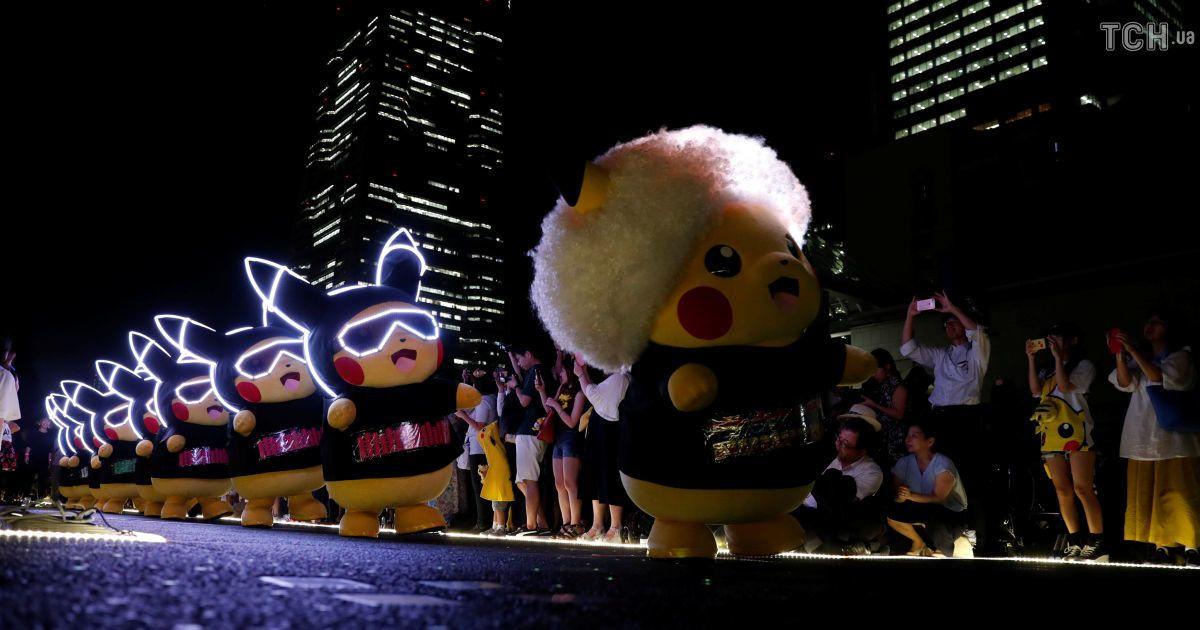 Pokemon GO: в Японії десятки пікачу влаштували світловий перформанс