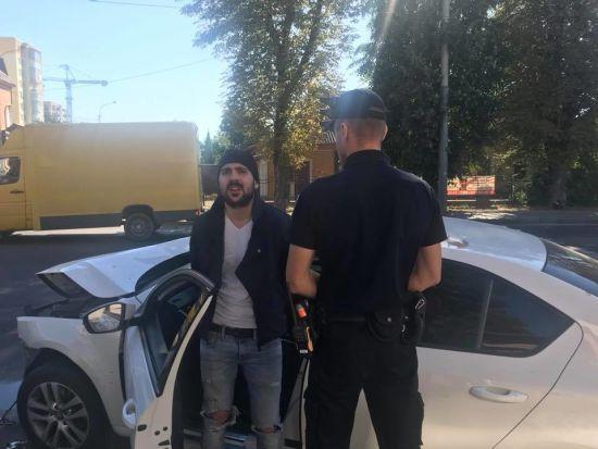 У Рівному син політика втік з-під домашнього арешту, влаштував ДТП та погрожував журналістці
