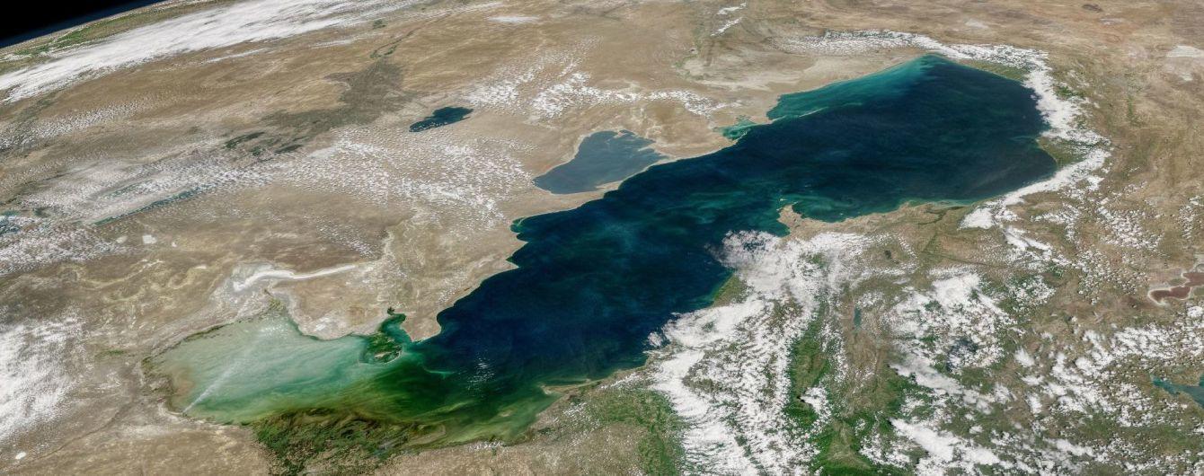 """22 года переговоров: пять стран """"поделили"""" Каспийское море"""