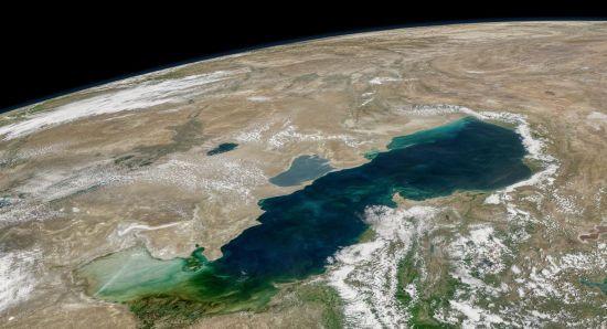 """22 роки перемовин: п'ять країн """"поділили"""" Каспійське море"""