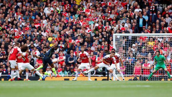 Манчестер Сіті забиває гол