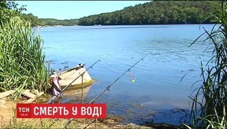 В Житомирской области 16-летний юноша вытащил из водоема тела двух утонувших мальчиков
