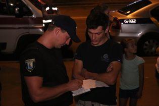 Во время кровавого нападения на ювелирный магазин в Киеве преступники похитили товара и денег на пять млн грн