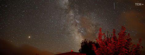 Ночь загадывания желаний: земляне полюбовались самым мощным звездопадом года