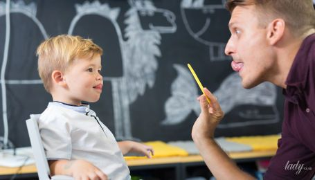 """Дитина не вимовляє звук """"р"""". Як її навчити?"""