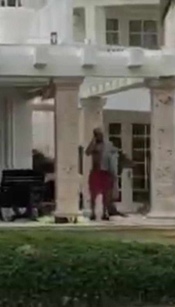 ТСН зафільмувала Винника на відпочинку в Домінікані