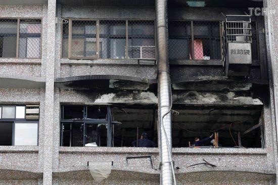 На Тайвані внаслідок потужної пожежі у лікарні загинули 9 людей