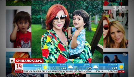 Ирина Билык показала, как отдыхает с сыном и бывшим мужем Дмитрием Коляденко
